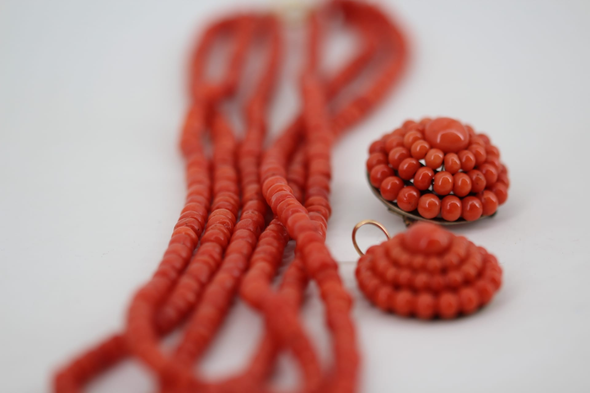 elfenbein-schmuck-ankauf-korallen-schmuck-verkaufen